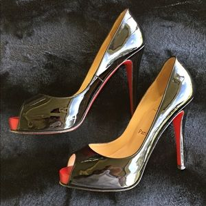 Christian Louboutin Very Prive Patent Leather Heel